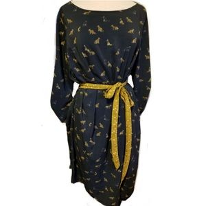 ♦️COMING SOON♦️ Fox Dress w/ Tie Belt
